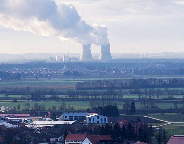 Atomkraftwerk liefert Atomstrom