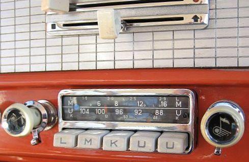 Autoradio einbauen