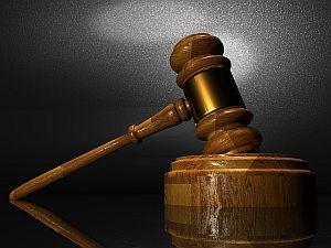 Gesetz und Strafe