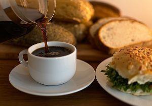 Kaffee und Brot