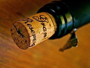 Korken auf Weinflasche