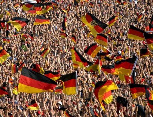 Deutschland-Fahnen im Stadion